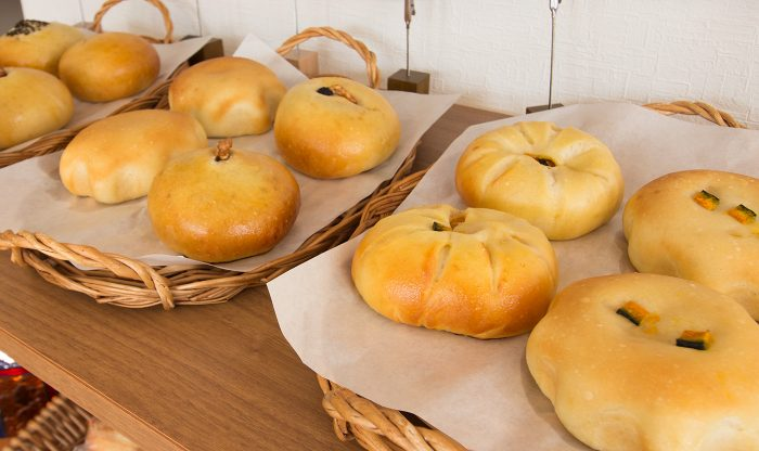 Kome de pan(コメデパン) かぼちゃあんぱん、ごまあんぱん、チーズあん、