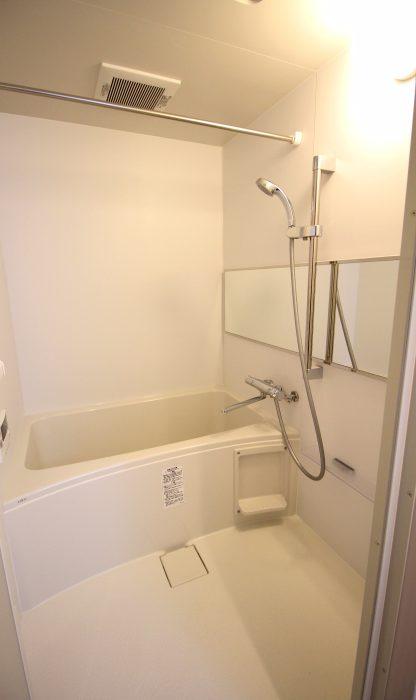 カレラ琴似 101号室 バスルーム